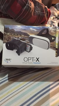 Opt-x virtual reality headset  Cambridge, N1T 1T3