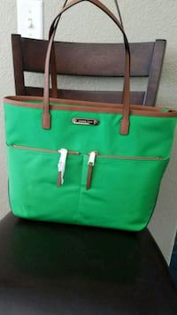 green and brown leather tote bag Hesperia, 92345