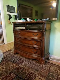 Entertainment Center/Dresser