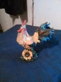 beige and gray rooster figurine Denham Springs, 70726