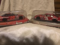 Die-cast collectibles; Dale Earnhardt #3 Coca-Cola and Kevin Harvick #29 Oreo cars Florence, 39073
