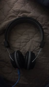 black and gray corded headphones Fairfax, 22031