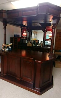 brown wooden bar cabinet Gainesville, 30506
