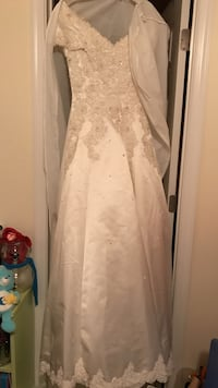 Beautiful wedding dress Gainesville, 20155