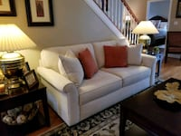 85 inch cream Haverty sofa. Gainesville, 20155