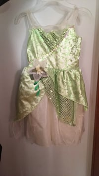 (6-7 maybe 8 y/o) tinkerbelle halloween costume/fairy Montréal, H4A