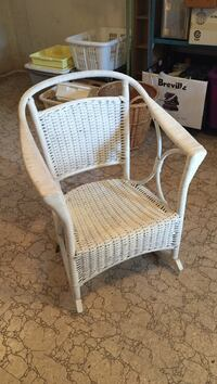 Wicker rocking chair. very solid Mississauga, L5H 2W7