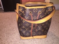 Brown louis vuitton leather tote bag Bradenton, 34210