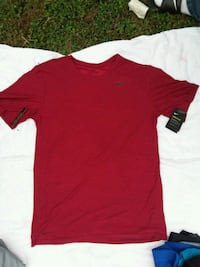 red crew-neck t-shirt Eugene, 97402