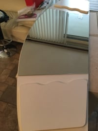 Head board whit mirror and tv stand whit glass plexiglass