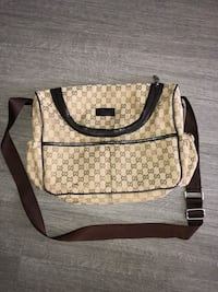 Gucci Shoulder Bag Vancouver, V5S 4Y1