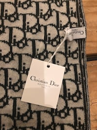 Christian Dior knit scarf - Brand New with Tag - hunter green Ellicott City, 21042