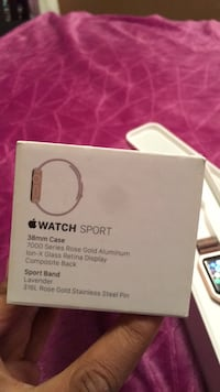 Apple Watch Series 1 Pink Metal Band good condition o don't really use o have the series 3 now comes with all u see Melvindale, 48122