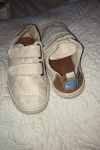 Toms toddlers size 9 Herndon, 20170