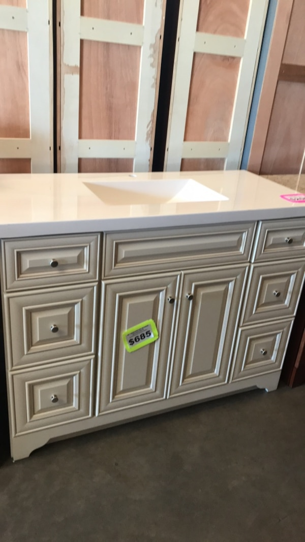 48 Manchester Antique White Bathroom Vanity With Italian Wave Cultured Marble Top And Integrated Sink