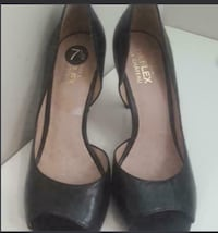 **Flash Sale- Pick Up Today For $25***NEW LEATHER PEEP TOE SHOES Mississauga