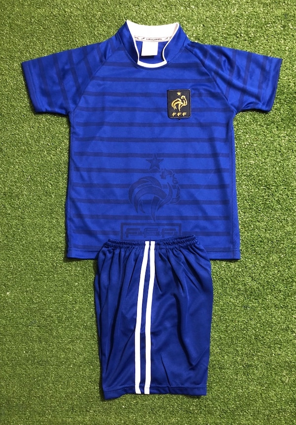 new product 0bc67 f8be7 France # 10 MBAPPE Soccer Kids Uniform Size 6. New