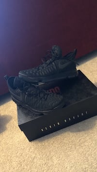 pair of black Air Jordan basketball shoes Mississauga, L5B 4G7