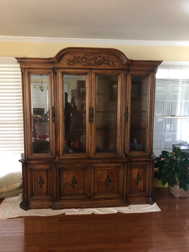 Used Large China Cabinet For Sale In Springfield   Letgo