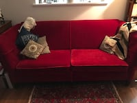 Red Velvet couch  Roanoke, 24018