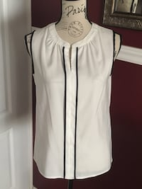 Tahari ladies top size small  Oakville, L6H 1Y4