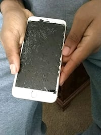 Iphone 6 plus need new screen only 20$ Bristol, 19007