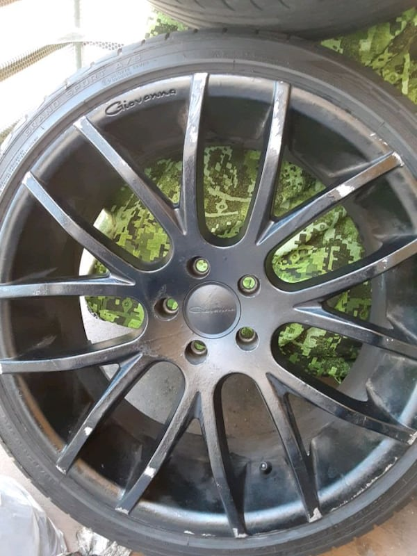 Rims Giovanna 20inch. With tires 8