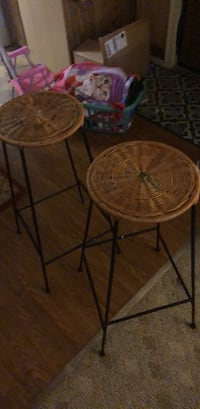 Two round brown wooden tables Davis Junction, 61020