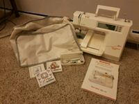 Bernina bernette deco 600 embroidery machine  Vancouver, 98662