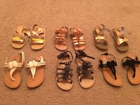 Toddler size 10 assorted pairs of thong sandals New York, 11436