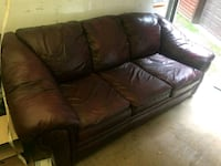 100 % leather couch n loveseat Myersville, 21773