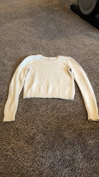 girl's beige sweater Eugene, 97408