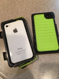 iPhone 4s and authentic armour otter box Coquitlam, V3C 3L1