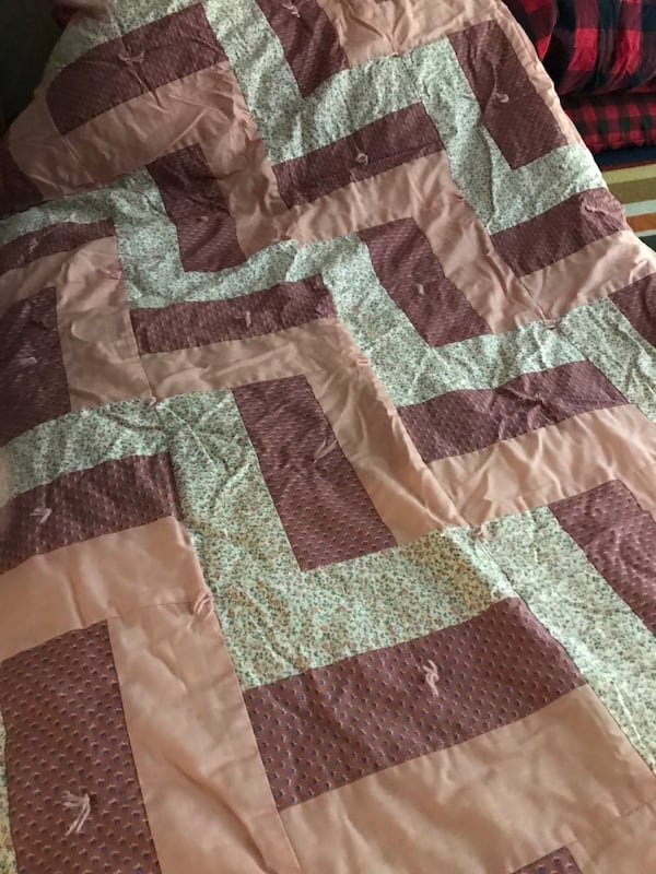 Amish Patchwork Quilts 5