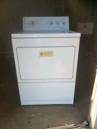 Dryer for sale all it needs is a pig tail  Belton, 29627