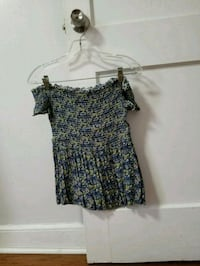 Forever21 Smocked Floral Shoulder Off Top Philadelphia