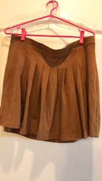 New! Brown faux suede feel - size Large Vaughan, L4J 0A5