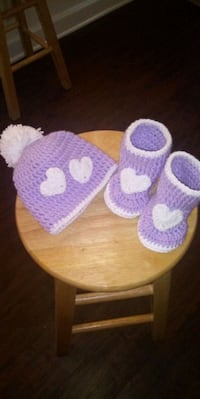 0-3 mos crochet hat and booties