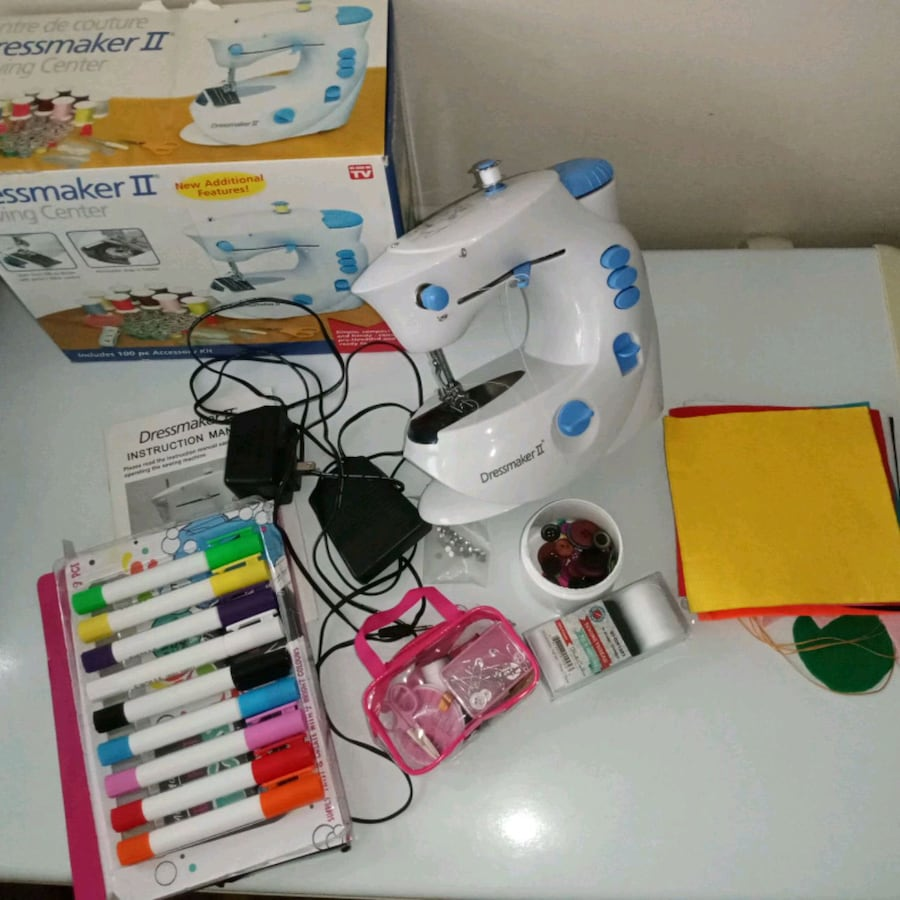 Sewing machine and Textile markers for kids