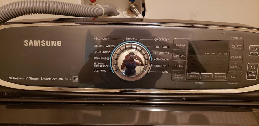 Samsung washing and dryer with streamer options and warrenty.  283bd496-c6ff-49c9-98bd-76988f89466b
