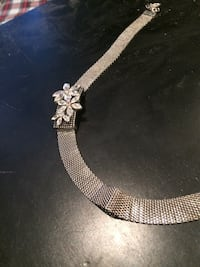 silver-colored chain necklace Guelph, N1H 7R2