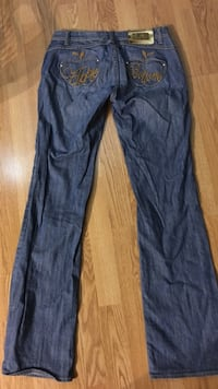 Apple bottom jeans women's size 7/8 Edmonton, T5A 3R3