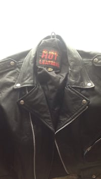 Black leather zip-up jacket Hollister, 95023
