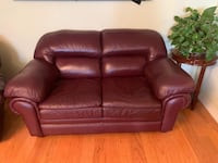 Great quality leather couch Toronto, M3A 3M5