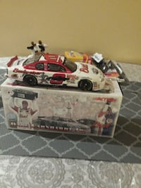 white, red and black dale earnhardt jr. die cast toy car Chestermere, T1X