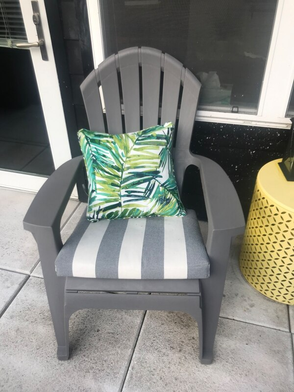 Patio furniture - table and chairs 494f0373-64d2-484c-932e-9e9d051335c9