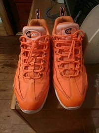 Airmax 98s size 11