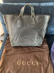 Large Gucci travel tote