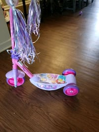 Girls Disney Princess Scooter