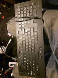 black Delux corded computer keyboard London, N6H 0A2